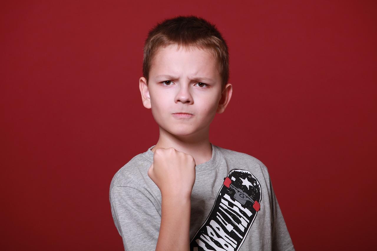 反抗期の子供と接するときの4つのポイント